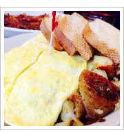 Titanic Omelette at Beckys Diner