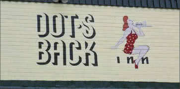 Dots Back Inn