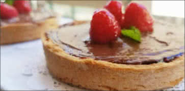 Raspberry Chocolate Tarte